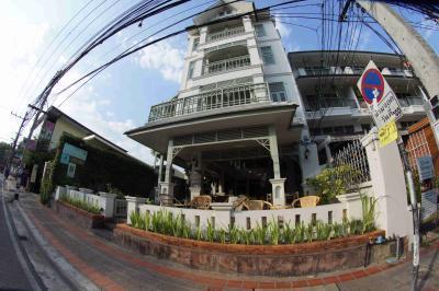 Villa Duang Champa Hotel