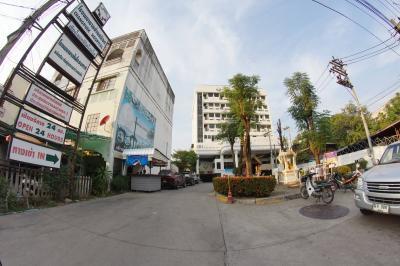 Chang Puek Hospital