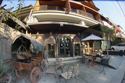 Cerebrum & Friends Cafe